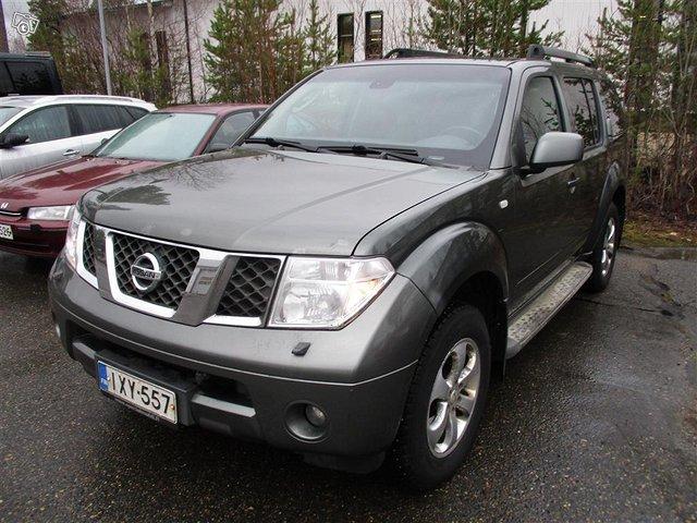 Nissan Pathfinder 2