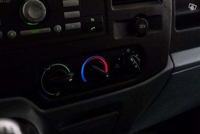 Ford Transit 18