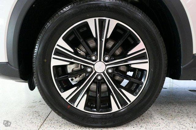 Mitsubishi ECLIPSE CROSS 19