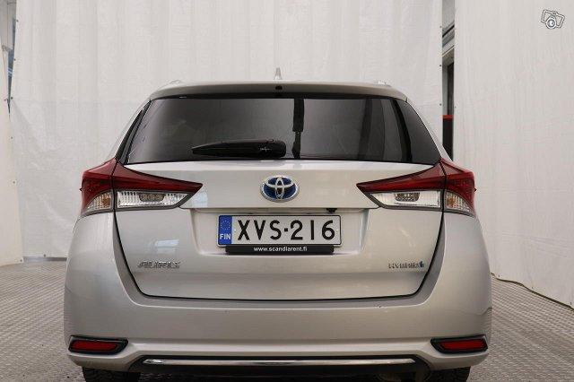 Toyota AURIS 5