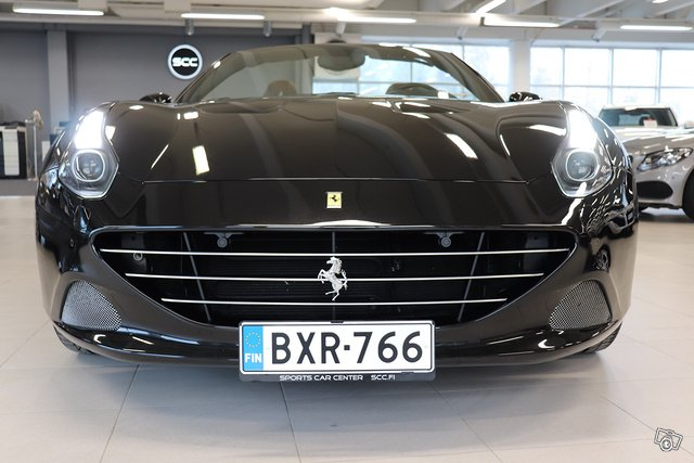 Ferrari California 7