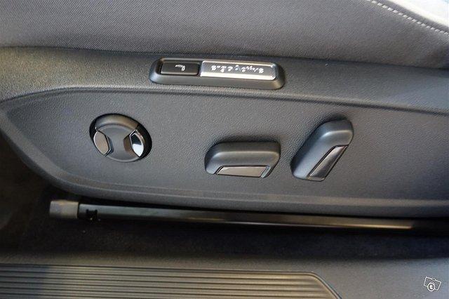 Volkswagen ID.3 9