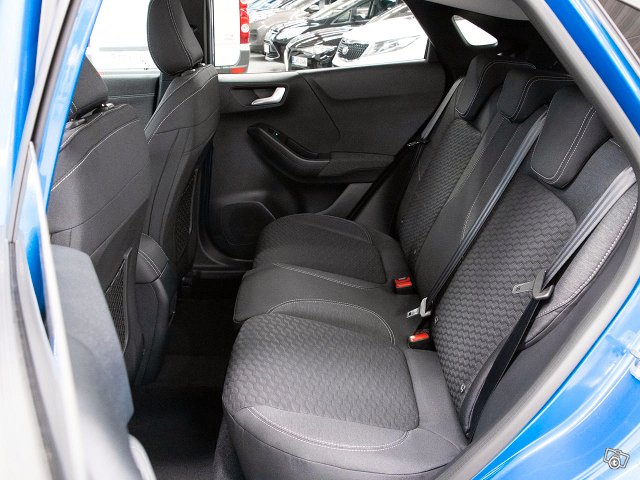 Ford Puma 17