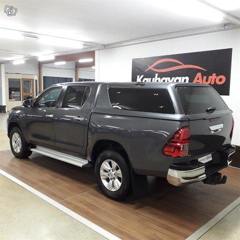 Toyota Hilux 3