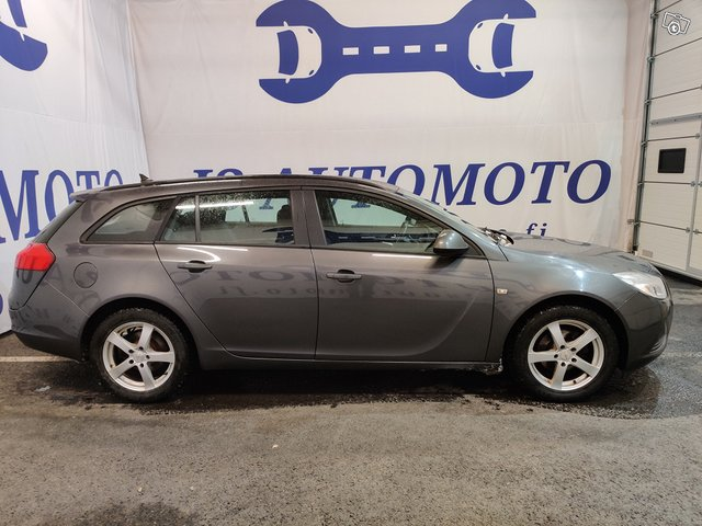 Opel INSIGNIA SPORTS TOURER SW 2