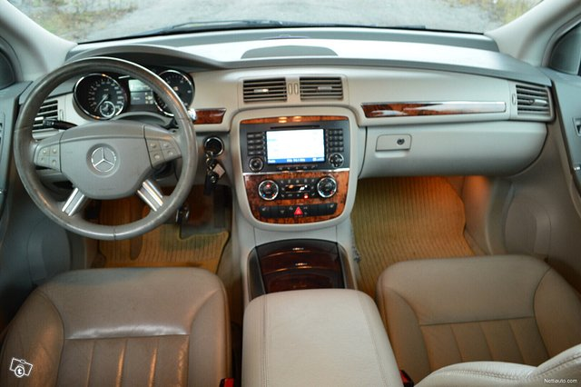 Mercedes-Benz R 13