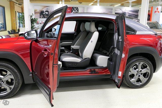 Mazda MX-30 5