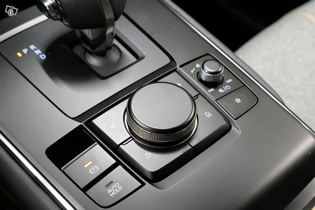 Mazda MX-30 9