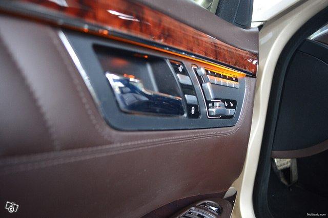 Mercedes-Benz S 17