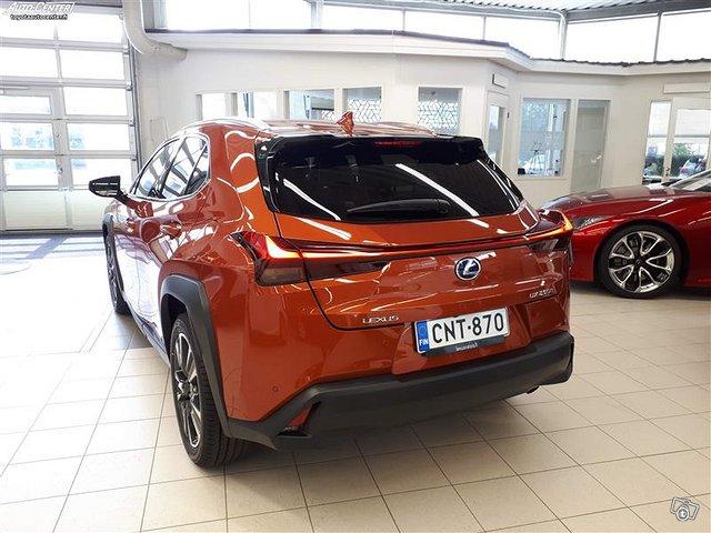 Lexus UX 3