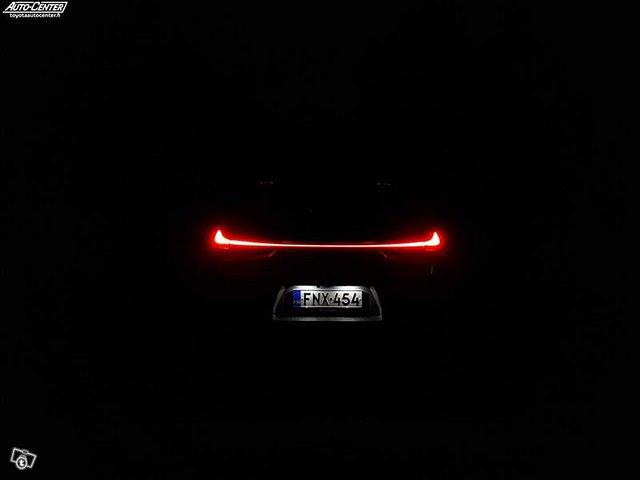 Lexus UX 4