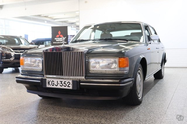 Rolls-Royce Silver Spirit 4