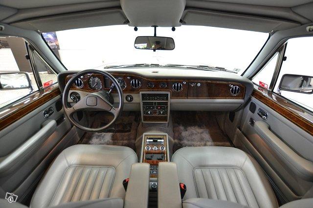 Rolls-Royce Silver Spirit 10