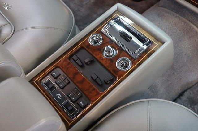 Rolls-Royce Silver Spirit 14