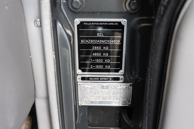 Rolls-Royce Silver Spirit 19