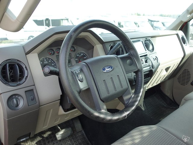 Ford F250 7