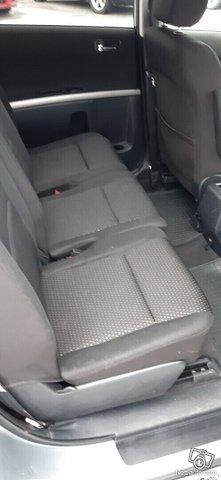 Toyota Corolla Verso 16