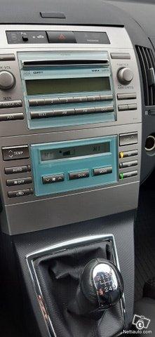 Toyota Corolla Verso 22