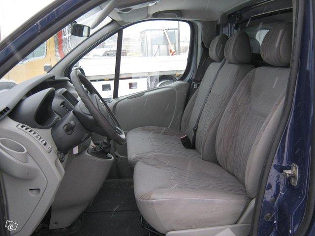 Nissan Primastar 7