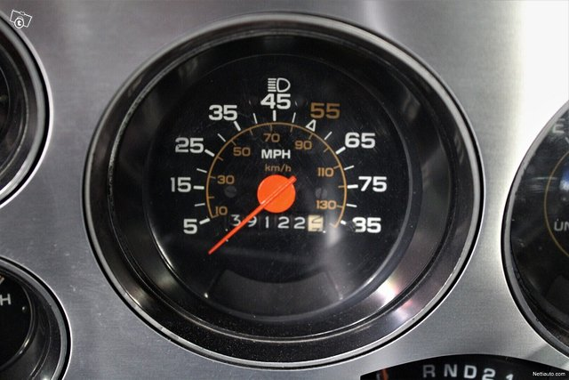 Chevrolet Silverado 12