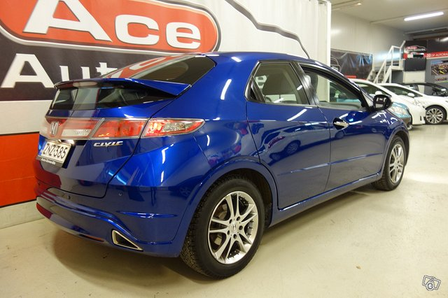 Honda CIVIC 5DR 3