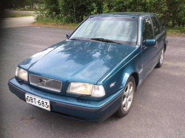 Volvo 440 1