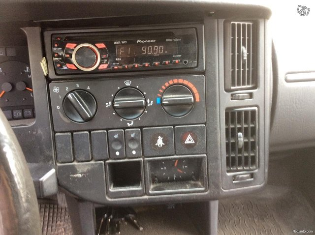 Volvo 440 14