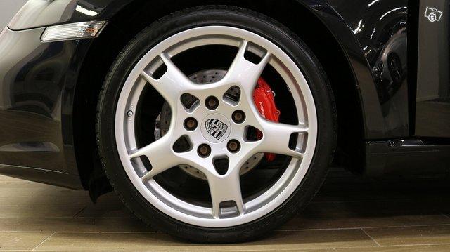 Porsche Cayman 19