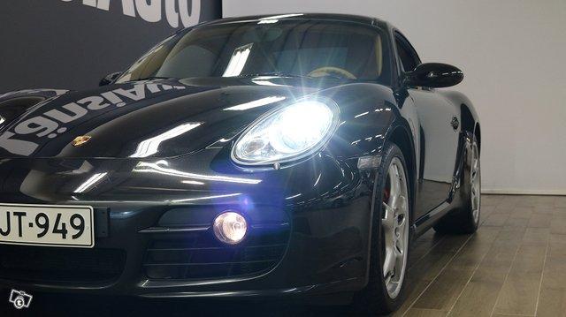 Porsche Cayman 20