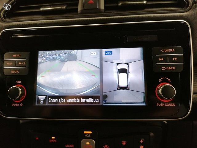 Nissan Leaf 18