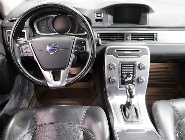 Volvo XC70 6