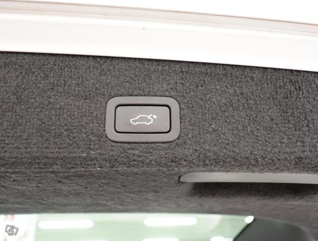Volvo XC70 10