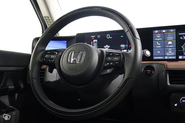 Honda E 8