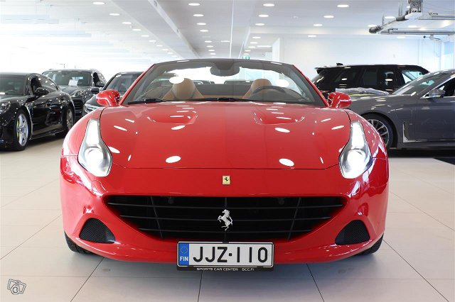 Ferrari California 9