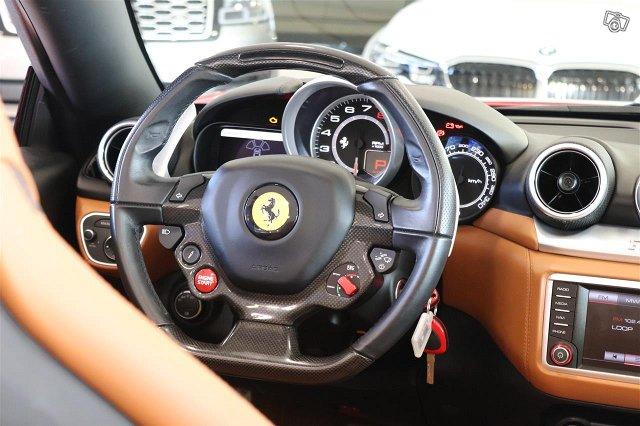 Ferrari California 17