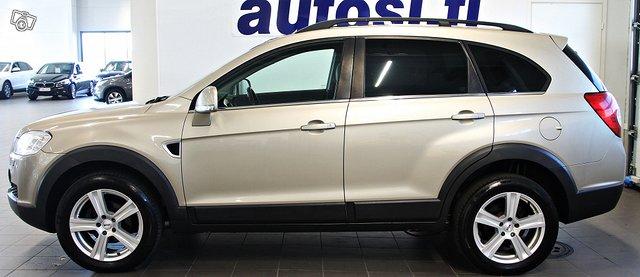 Chevrolet Captiva 4