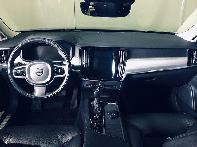 Volvo S90 7