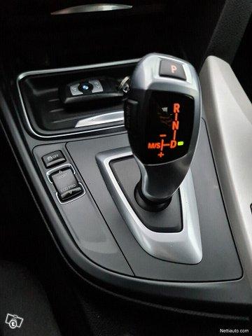 BMW 320 Gran Turismo 15