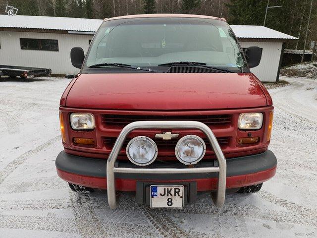 Chevrolet Chevy Van 7
