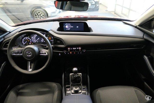 Mazda CX-30 9