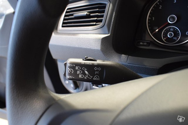 Volkswagen Caddy Maxi 8