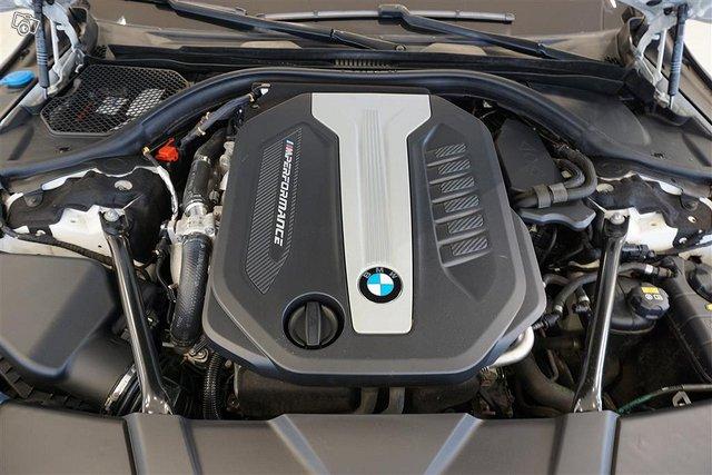 BMW 750 16
