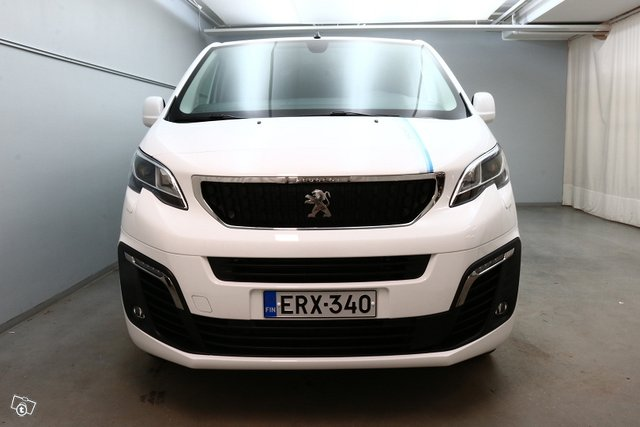 Peugeot Expert 5