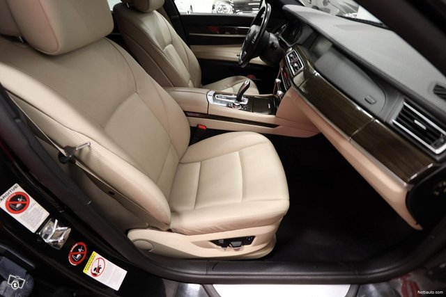 BMW 730 10