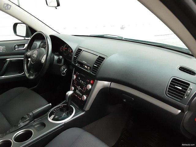 Subaru Legacy 10