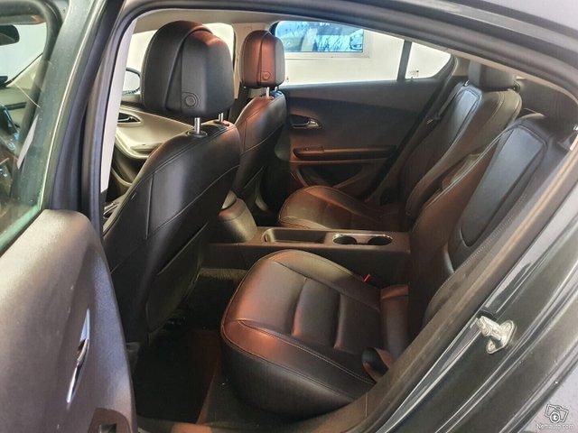 Opel Ampera 10