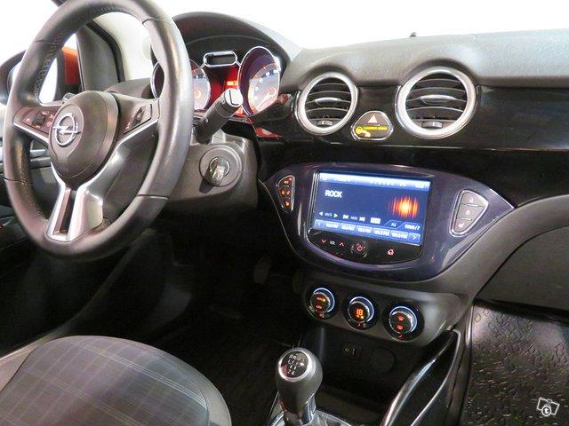 Opel Adam 10