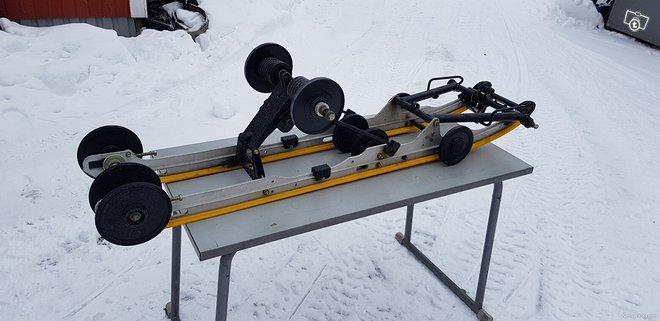 Ski-doo Summit 800 XR-S 151 telasto