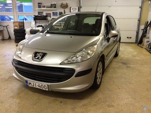 Peugeot 207 1