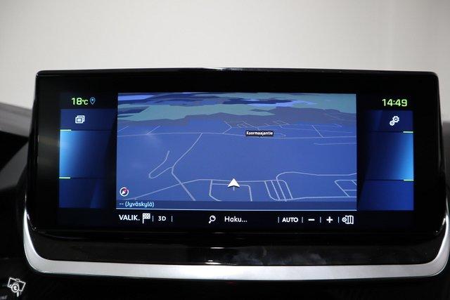 Peugeot E-2008 16